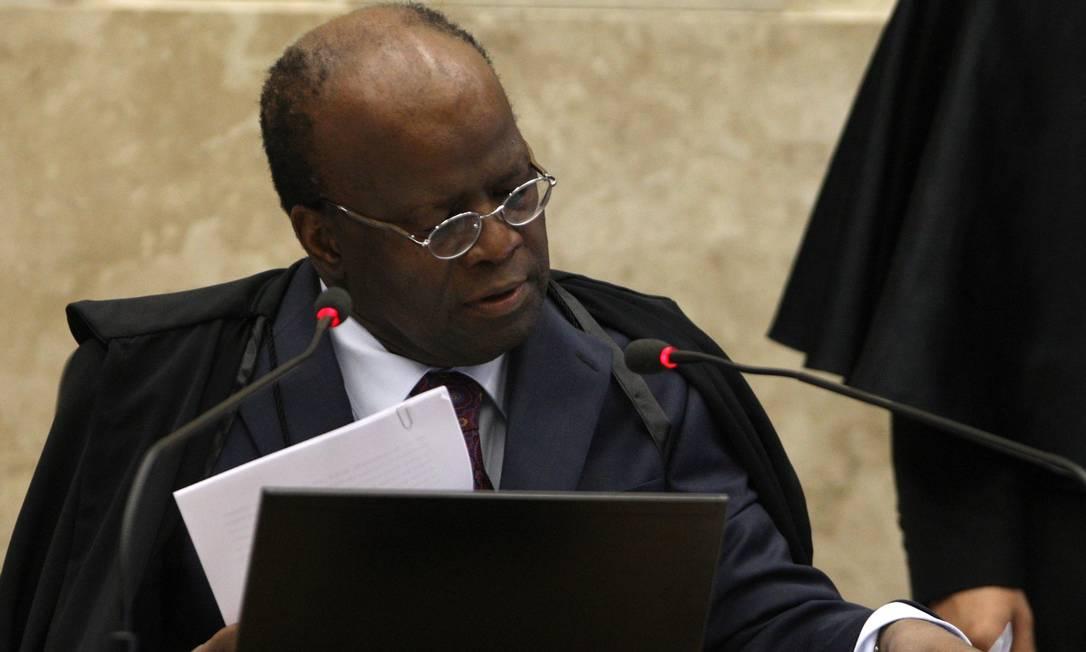 Ministro relator do processo do mensalão e presidente do STF, Joaquim Barbosa Foto: Agência O Globo / Givaldo Barbosa
