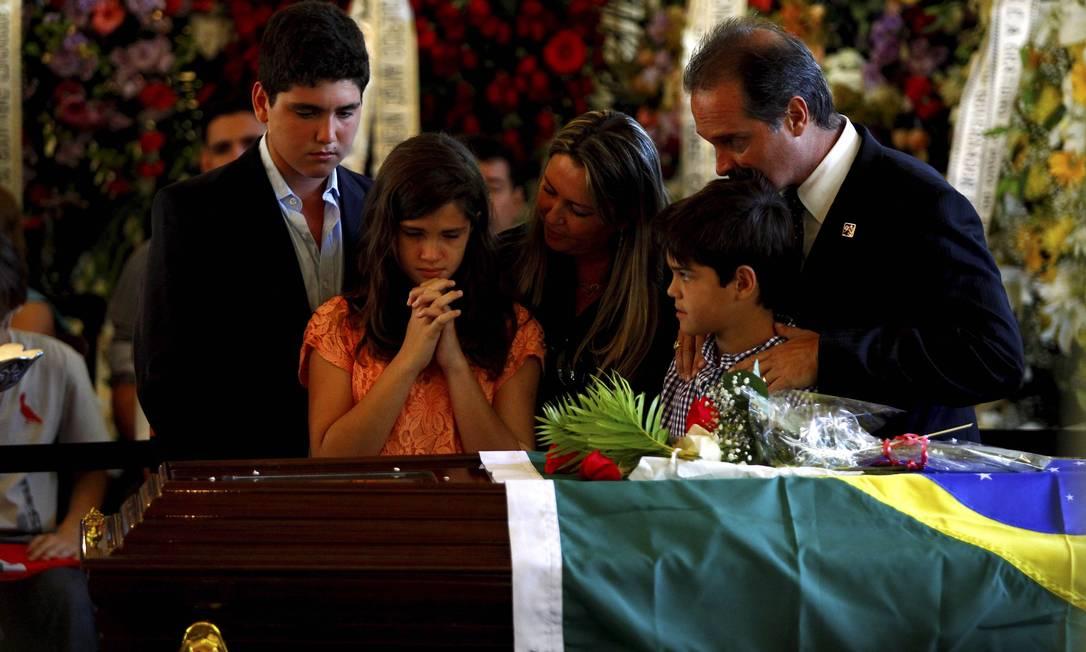 Carlos Oscar Niemeyer, neto do arquiteto, e sua familia se despedem emocionados Pablo Jacob
