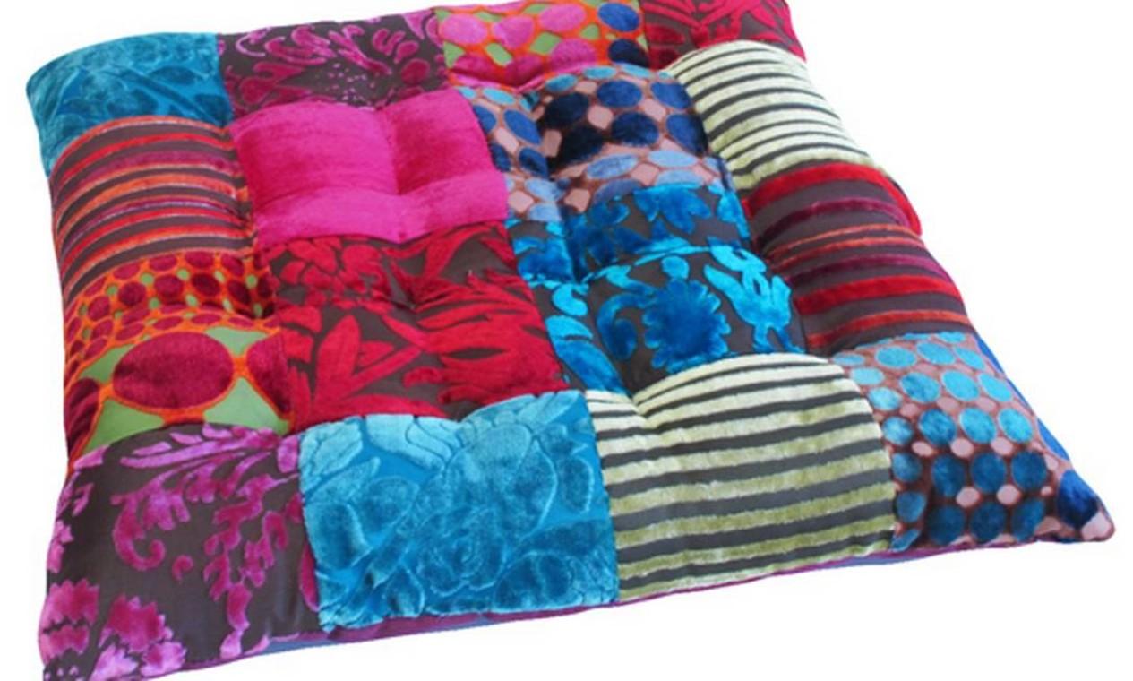 Futton Patch, de veludo colorido, por R$ 89, na Gift Express Foto: Reprodução internet