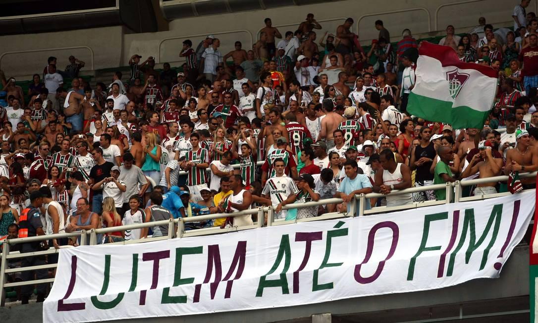 Os tricolores carregaram o time do Fluminense na luta contra o rebaixamento em 2009. Ali começava a saga do time de guerreiros, que já conquistou dois títulos brasileiros desde então Arquivo O Globo