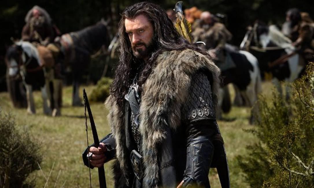 Entre os novos personagens, um dos mais importantes é Thorin Escudo-de-Carvalho (Richard Armitage). Um rei exilado dos Anões, descendente dos senhores de Moria e Erebor, ele lidera a expedição para retomar a Motanha Solitária, ocupada pelo dragão Smaug Reprodução