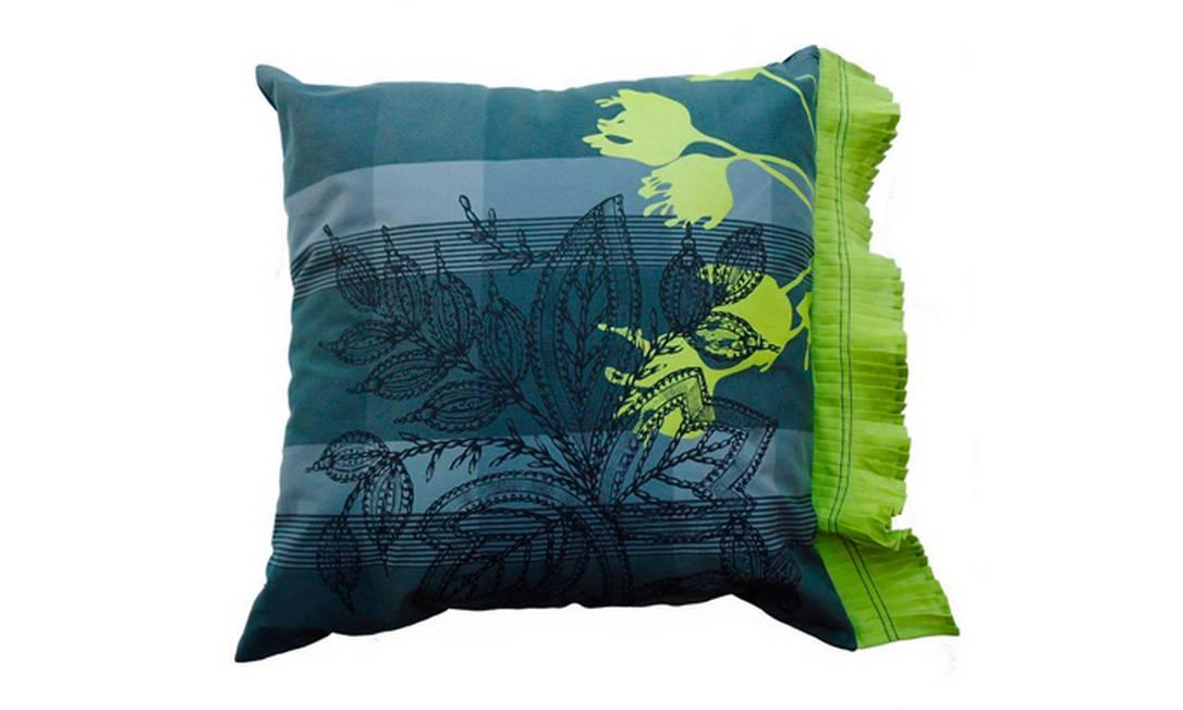 Outra opção também da Daniela Karan é a combinação de tons de verde. Preço: R$ 404, na Novo Ambiente Divulgação