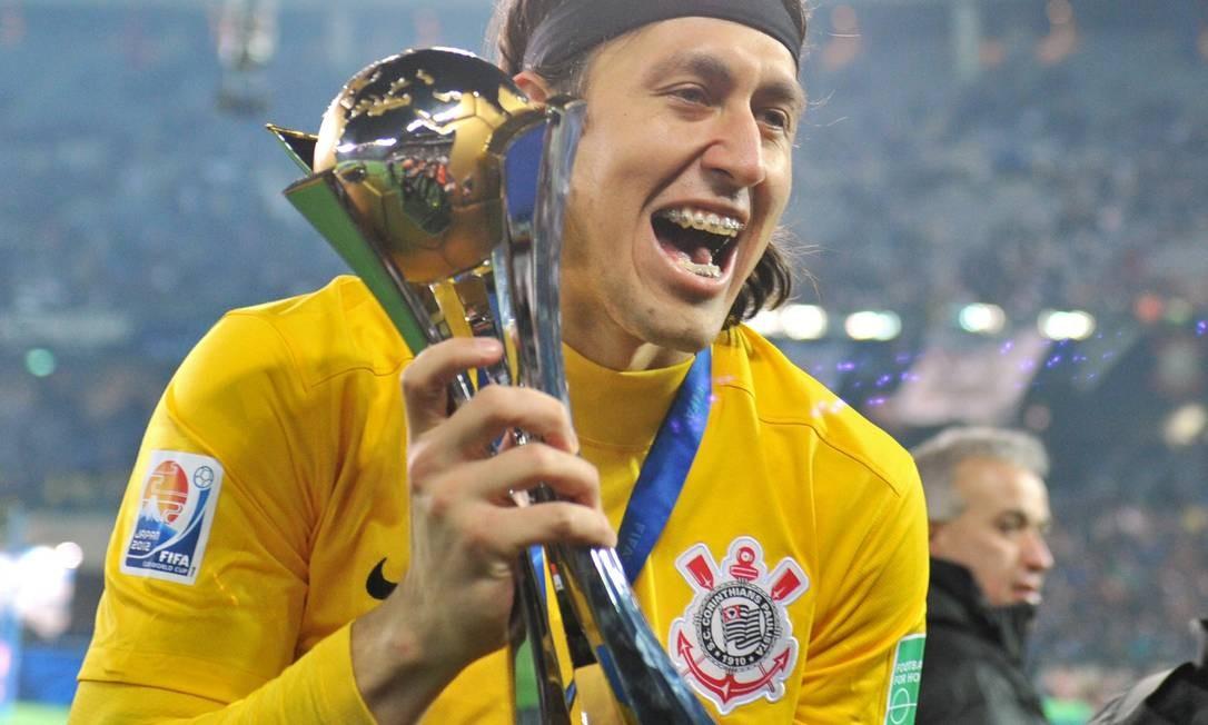 Goleiro Cássio foi eleito o melhor jogador da decisão Foto: AFP