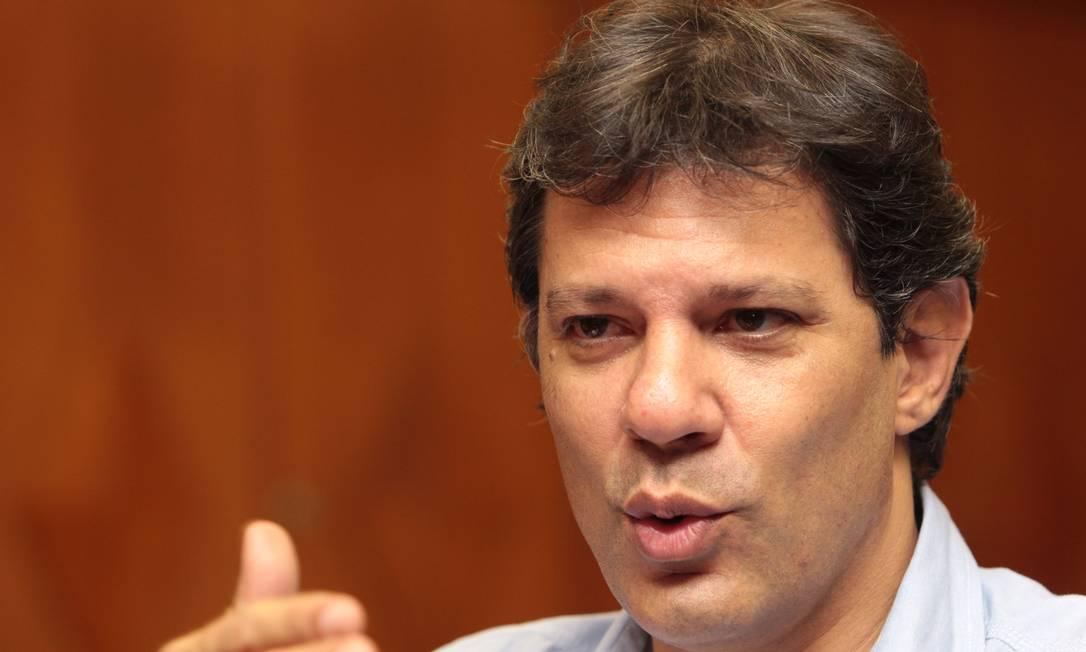 O prefeito eleito de SP, Fernando Haddad, em entrevista ao GLOBO Foto: Eliaria Andrade / O Globo/Arquivo