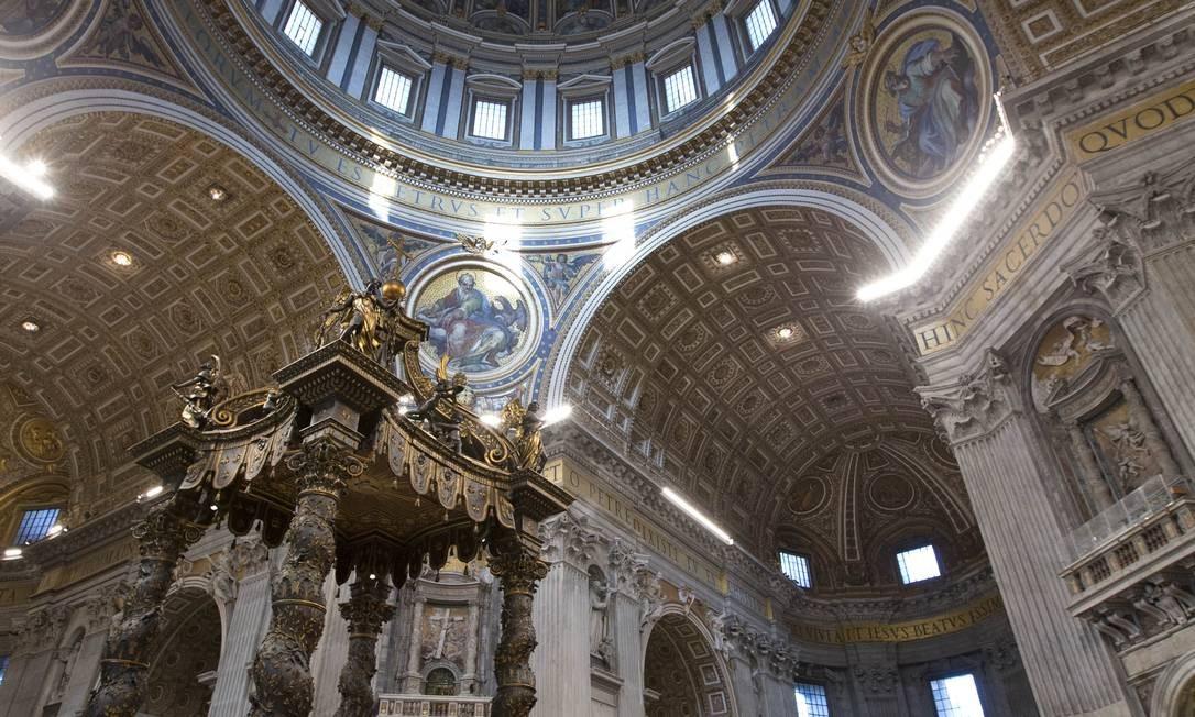 Fé modernizada. O Concílio Vaticano II aproximou a Santa Sé dos católicos, dando fim a séculos sem reformas Foto: Fotos de Andrew Medichini/AP