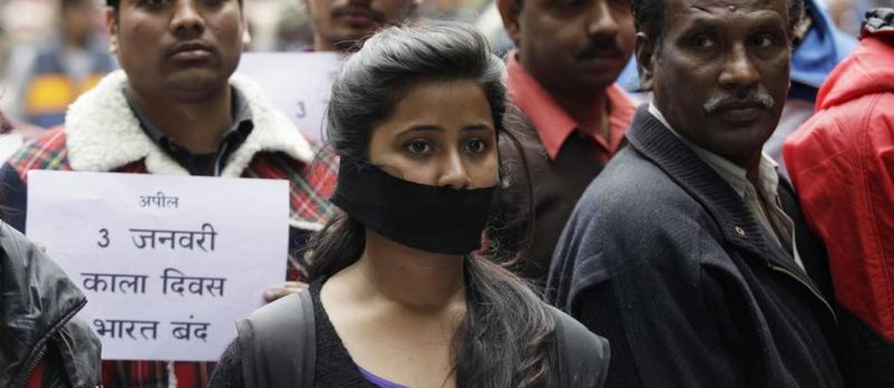 População cobra justiça em relação ao caso da menina morta após estupro coletivo Foto: Andrew Caballero-Reynolds/AFP