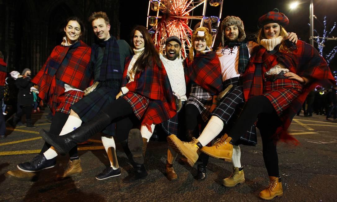 Escoceses comemoram nas ruas em Edimburgo REUTERS/David Moir
