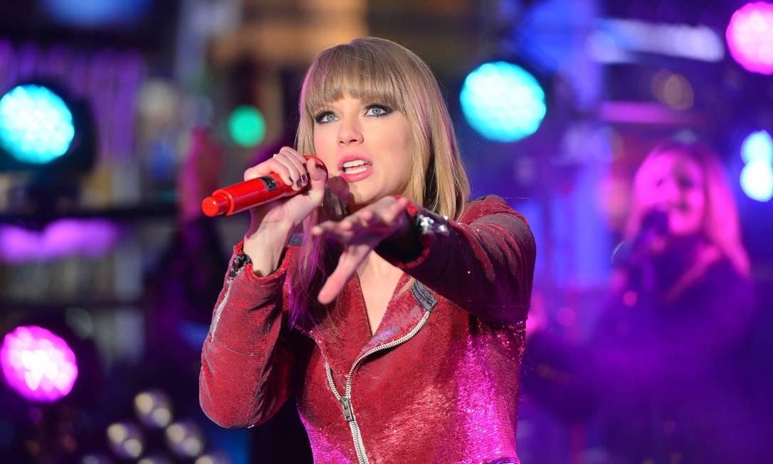 A cantora Taylor Swift foi uma das atrações musicais do réveillon da Times Square Emmanuel Dunand / AFP