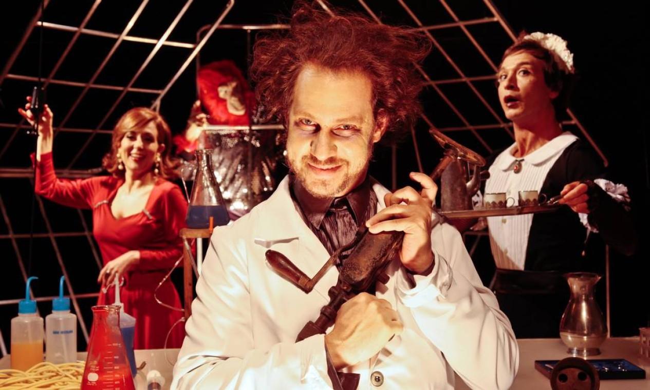 'O médico e o monstro' tem Bruce Gomlevsky como Dr. Jekyll Foto: Cabera Cesar / Divulgação