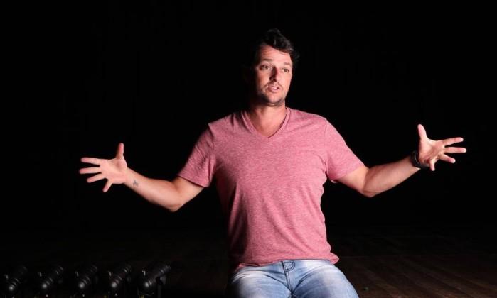 Marcelo Serrado estreia o solo 'Tudo é tudo e nada é nada', de sua autoria, no dia 18 Rodrigo Molina / Divulgação