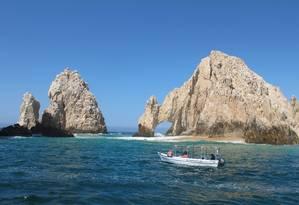Um dos pontos turísticos mais famosos em Los Cabos, o Arco, pode ser visto em passeio de barco Foto: Cristina Massari / O Globo