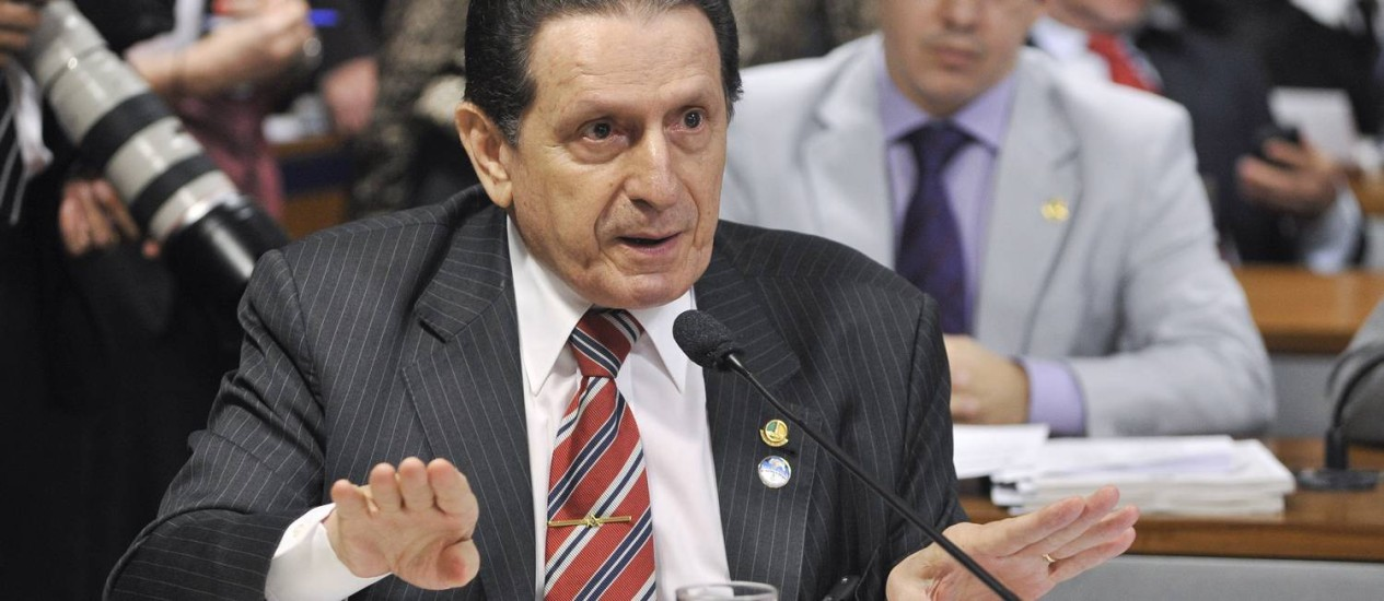 Mozarildo Cavalcanti . Senador do PTB, parlamentar que mais gastou em 2012, teve despesas de R$ 457,3 mil Foto: Terceiro / Agência Senado/05-12-12