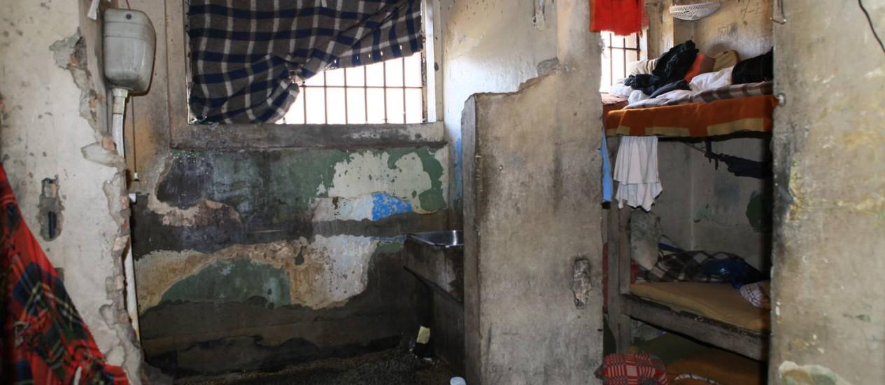 Detentos do Presídio Central de Porto Alegre vivem em celas em péssimo estado de conservação Foto: Associação de Juízes do Rio Grande do Sul / Sidinei Brzuska / Divulgação