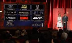 Emma Stone e Seth Macfarlane apresentam os indicados ao Oscar 2013 Foto: AFP