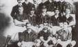 Equipe do Fluminense de 1906 que conquistou o primeiro título Estadual do clube