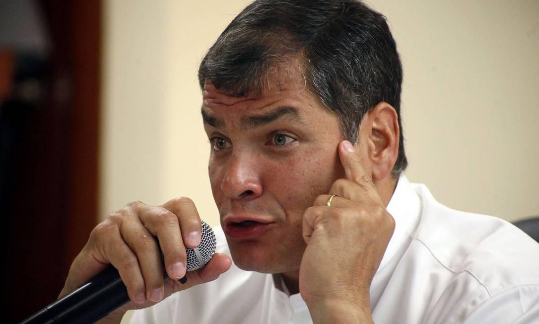 O presidente equatoriano, Rafael Correa, durante uma coletiva em Guayaquil Foto: HO / AFP