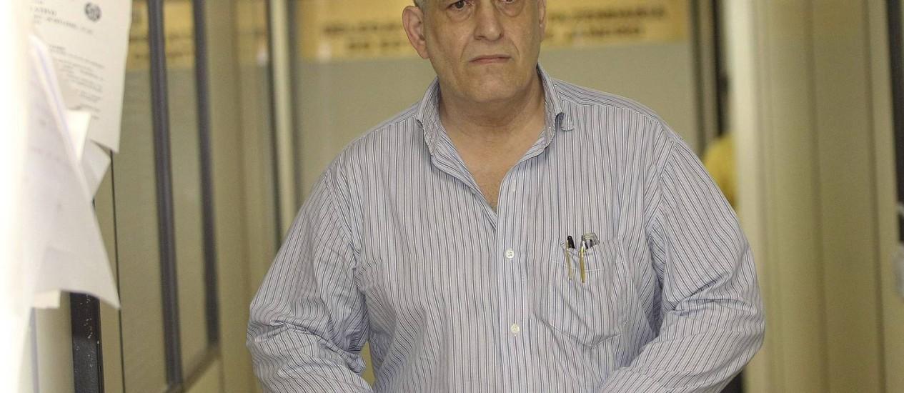 O médico Francisco Doutel, que substituía o cirurgião Adão Orlando Crespo Gonçalves no Hospital Salgado Filho Foto: Alexandre Cassiano / O Globo