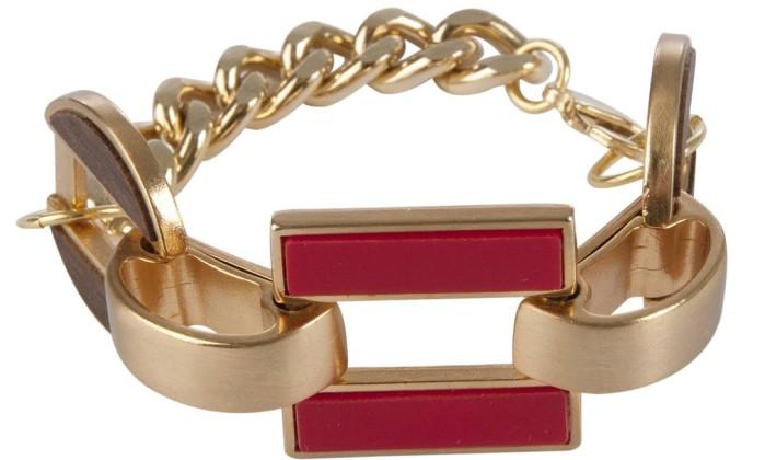 Na Maria Filó, descontos progressivos podem reduzir em até 30% preços de produtos como a pulseira (R$ 59) Divulgação