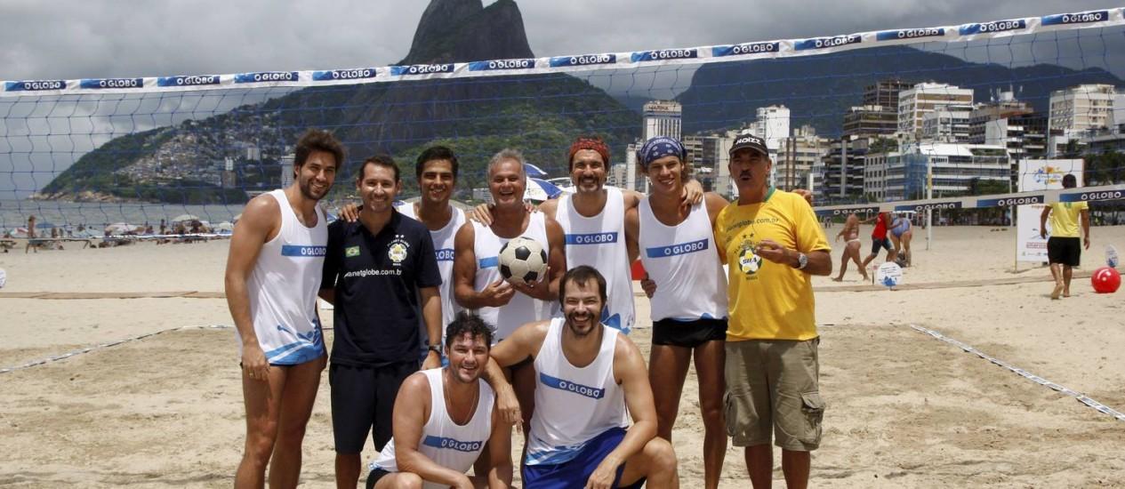 Famosos participam de campeonato de futevôlei promovido pelo GLOBO, em Ipanema Foto: Marcos Tristão