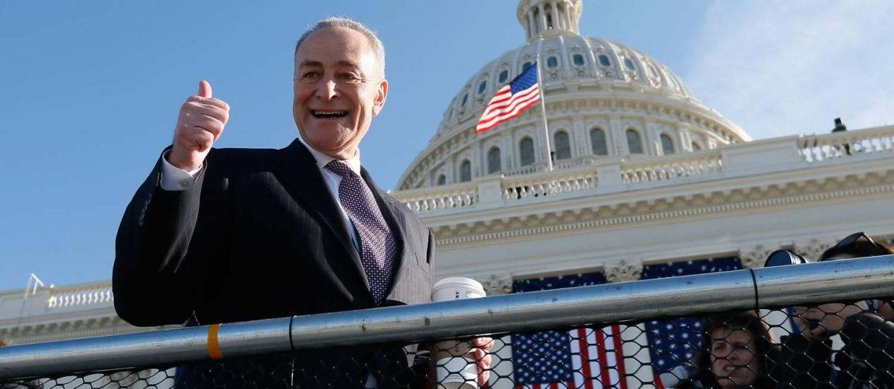 """Charles Schumer: """"republicanos terão que se acostumar"""" Foto: FOTO: Rob Carr / AFP"""