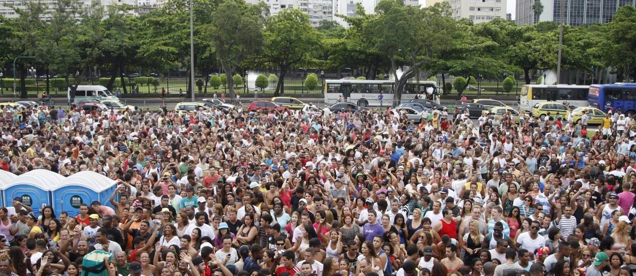 Centenário do Bondinho do Pão de Açucar reúne cerca de 80 mil pessoas no Aterro do Flamengo Foto: Márcio Alves / Agência O Globo