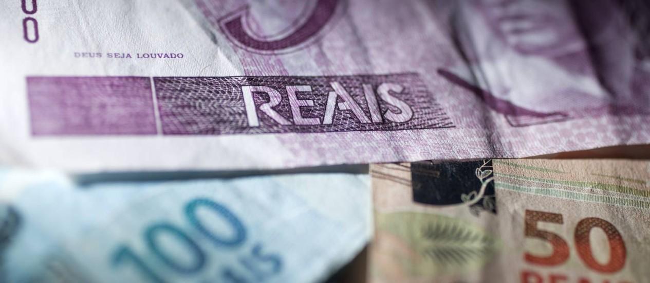 O Tesouro Direto permite aplicações a partir de R$ 30, com rendimentos cerca de 16,5% superiores aos da poupança Foto: Andrew Harrer/Bloomberg News
