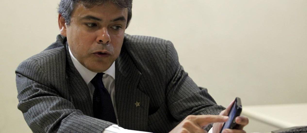 O delegado Pedro Paulo Pontes Pinho, que foi exonerado por ter feito comentários no Twitter Foto: Gabriel de Paiva / Agência O Globo