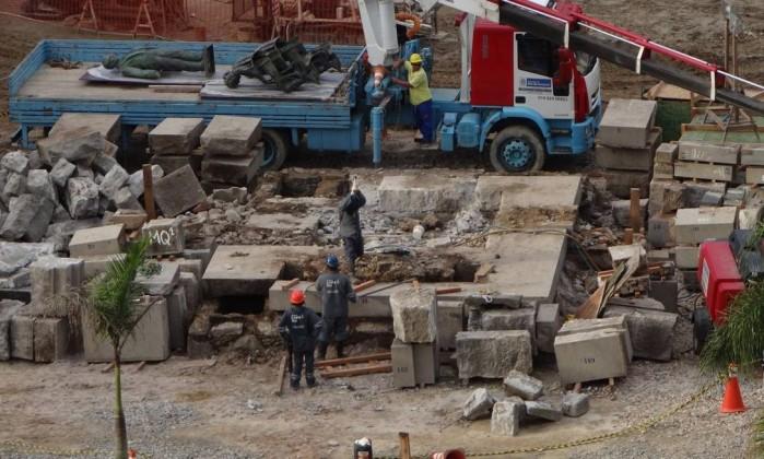 Ao todo, o desmanche do monumento durou cerca de dois meses Foto do leitor José Conde / Eu-Repórter