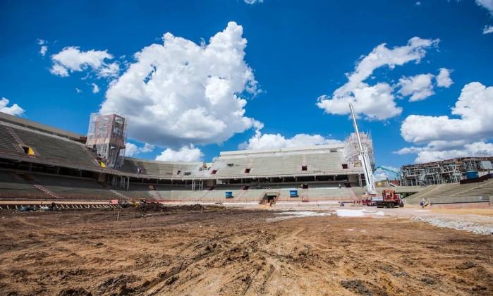 O estádio do Atletico-PR, a Arena da Baixada, está com 55% das obras prontas Divulgação Portal da Copa
