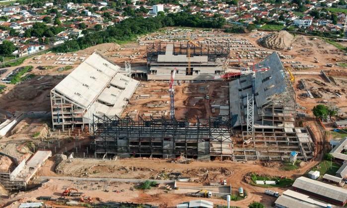 As obras da Arena Pantanal, em Cuiabá, custaram cerca de R$ 518,9 milhões. O estádio terá capacidade de 43 mil torcedores Divulgação Portal da Copa