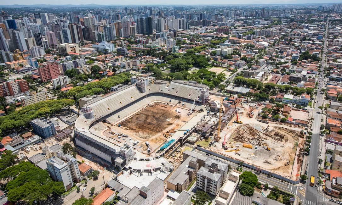 A obra na Arena da Baixada, em Curitiba, vai custar R$ 234 milhões Divulgação Portal da Copa