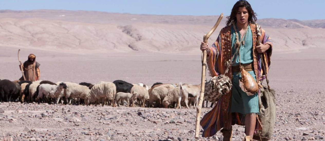 Ricky Tavares interpreta a fase jovem de José: gravações no deserto de Atacama Foto: Terceiro / Edu Moraes/Record
