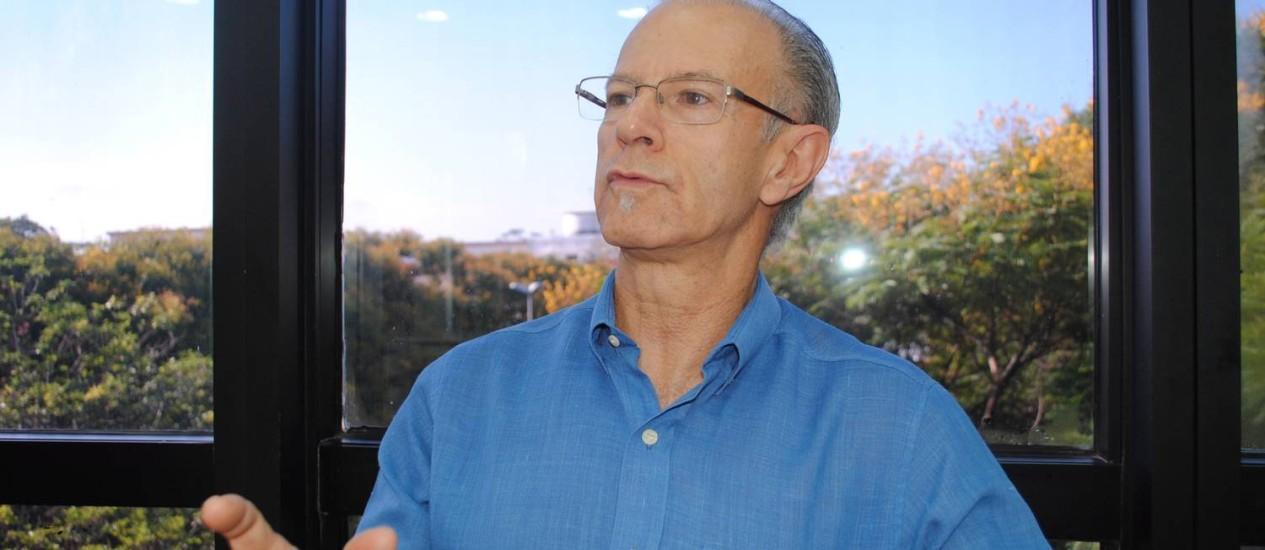 Prevenção. O psiquiatra José Manoel Bertolote criou o Programa Global de Prevenção do Suicídio da OMS há 20 anos e diz que, em geral, o suicídio ocorre quando há uma doença mental Foto: Unesp / Leandro Rocha