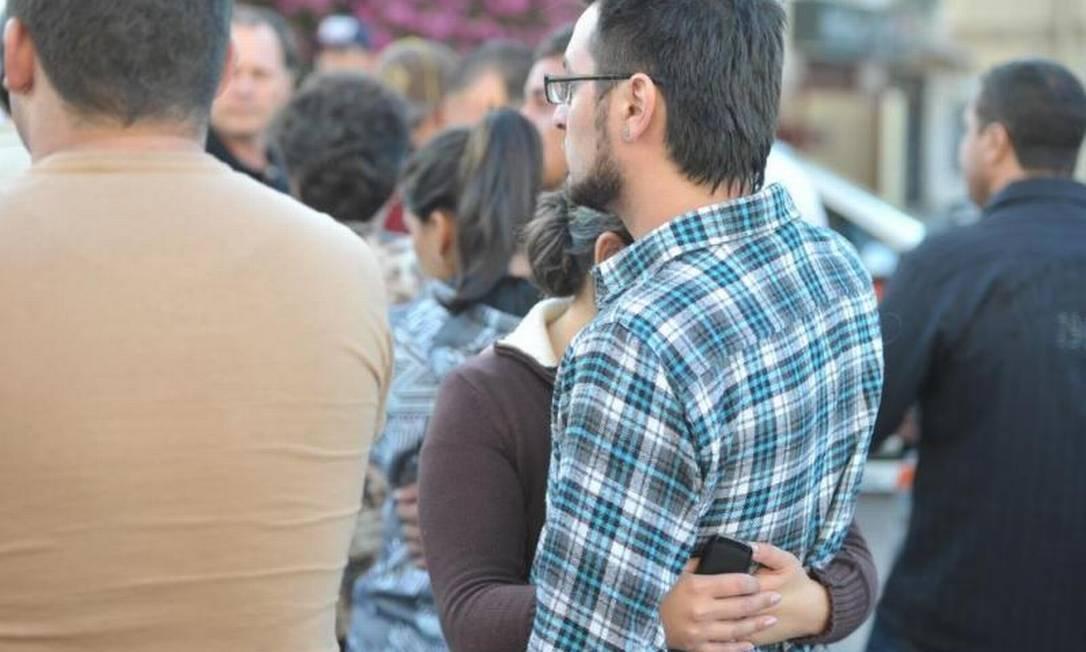 Depois da tragédia, as famílias buscam informações sobre desaparecidos Ronald Mendes/Agência RBS