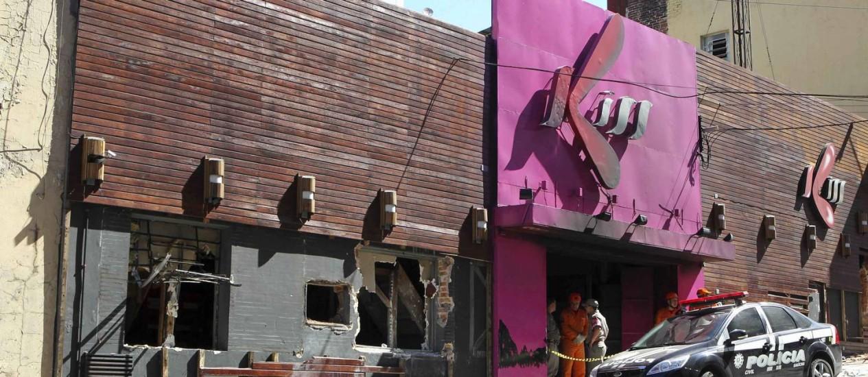 Fachada da boate Kiss destruído pelo fogo e pelo trabalho de resgate das vítimas Foto: Reuters
