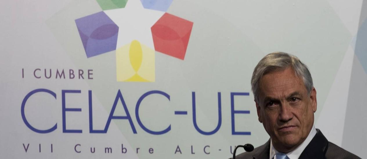 Piñera neste domingo durante a cúpula Celac-União Europeia, que antecedeu a reunião do bloco latino-americano e caribenho Foto: PABLO PORCIUNCULA / Pablo Porciuncula/AFP