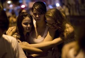 Jovens durante passeata em Santa Maria Foto: Felipe Dana / AP
