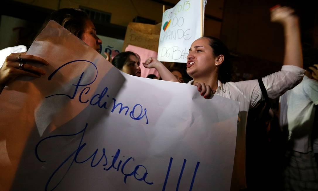 Moradores de Santa Maria protestam Foto: JEFFERSON BERNARDES / AFP