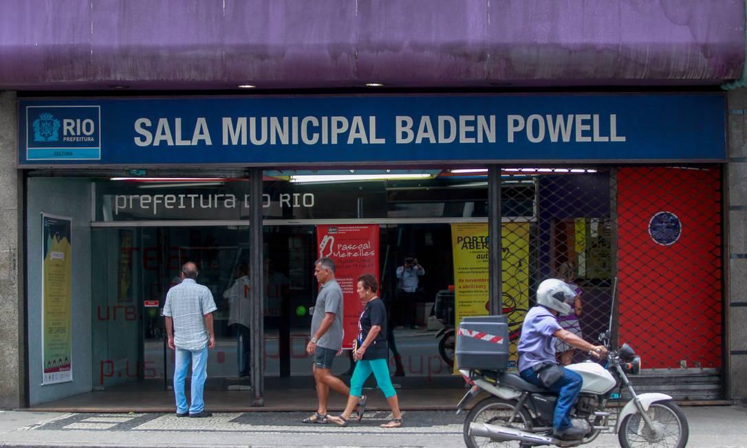Irregular. Sala Baden Powell, em Copacabana, também sem autorização Foto: Pedro Kirilos
