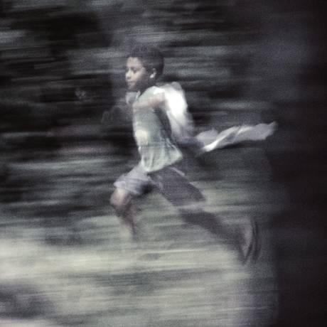 'Igor'. O episódio dirigido por Eryk Rocha conta a história de um jovem de 16 anos do Morro dos Prazeres, no Rio Foto: Terceiro / Divulgação