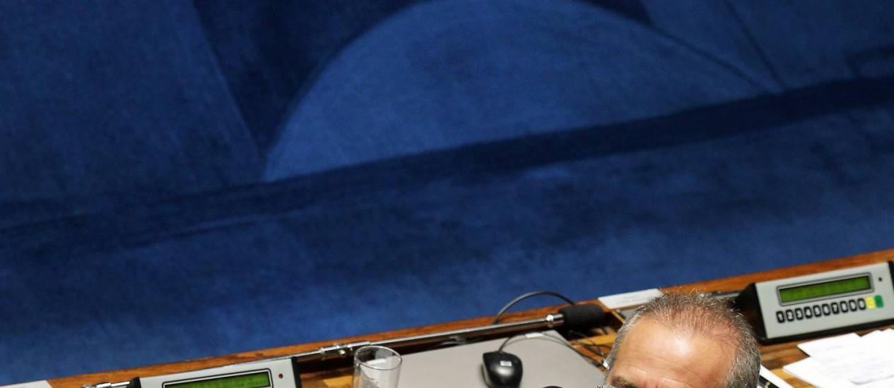 O senador Renan Calheiros (PDMB-AL) foi eleito presidente do Senado por larga vantagem Foto: Gustavo Miranda / O Globo