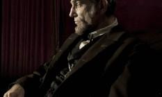 Daniel Day-Lewis caracterizado como o ex-presidente dos Estados Unidos Abraham Lincoln Foto: David James / Reuters