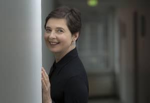 Aos 60 anos, a atriz e diretora italiana posa na Berlinale: festival serviu de plataforma para seus filmes experimentais Foto: Joel Ryan/Invision/ AP