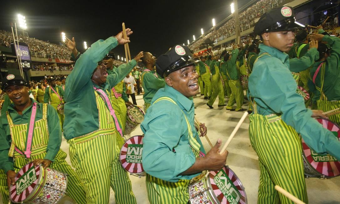 RI Rio de Janeiro (RJ) 11/02/2013 Carnaval 2013 - Desfile das escolas de samba do Grupo Especial - Mangueira - Foto Marcio Alves / Agência O Globo Marcio Alves / Agência O Globo