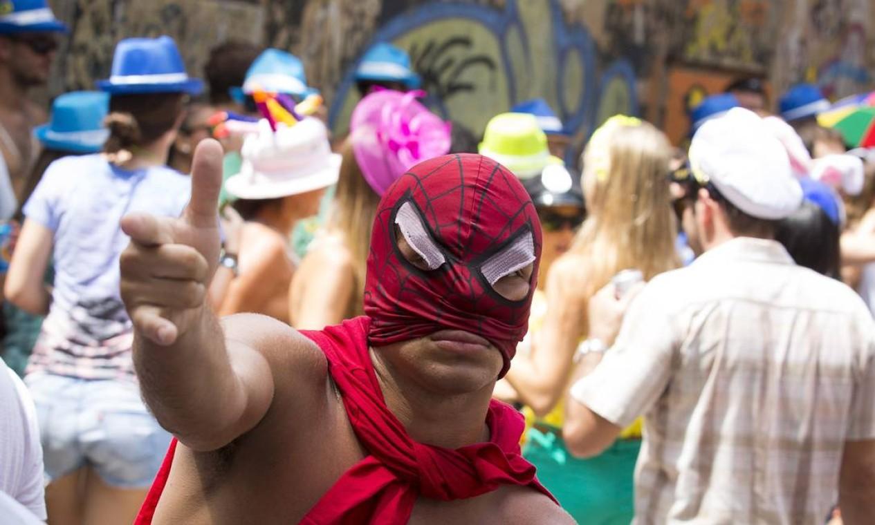 RI Rio de Janeiro (RJ) 12/02/2013 - Carnaval. Bloco Vagalume, no bairro do Jardim Botanico. Foto: Leo Martins / Agencia O Globo Foto: Leo Martins / Agência O Globo