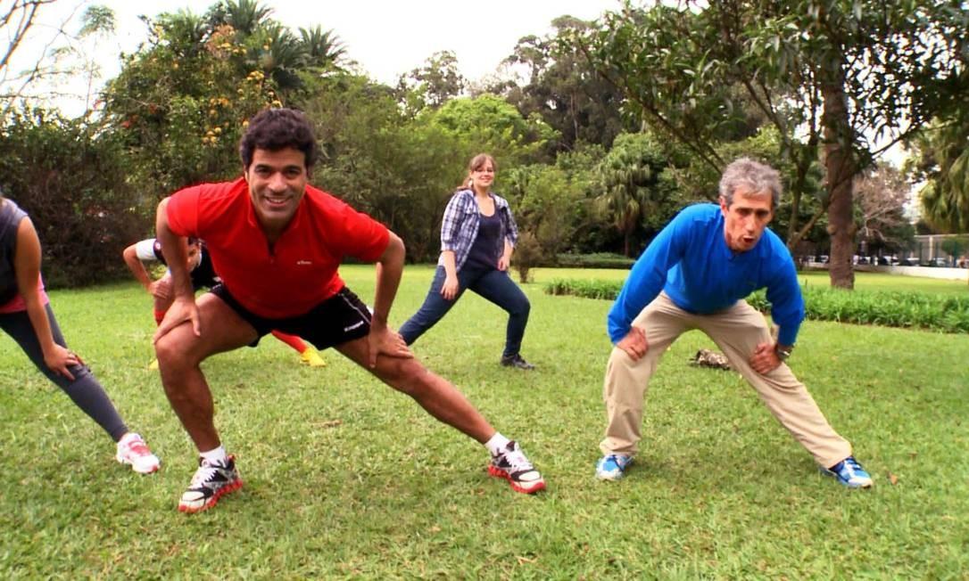 Adultos saudáveis e ativos como o ex-jogador de futebol Raí têm 36% menos chances de desenvolver a doença na velhice Foto: Divulgação