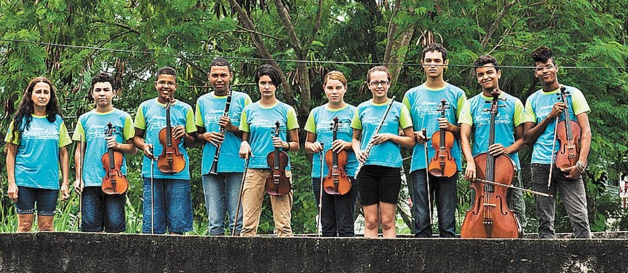 Música universal. Jovens do projeto social da Agência do Bem em Vargem Grande: experiência inesquecível Foto: Guilherme Leporace