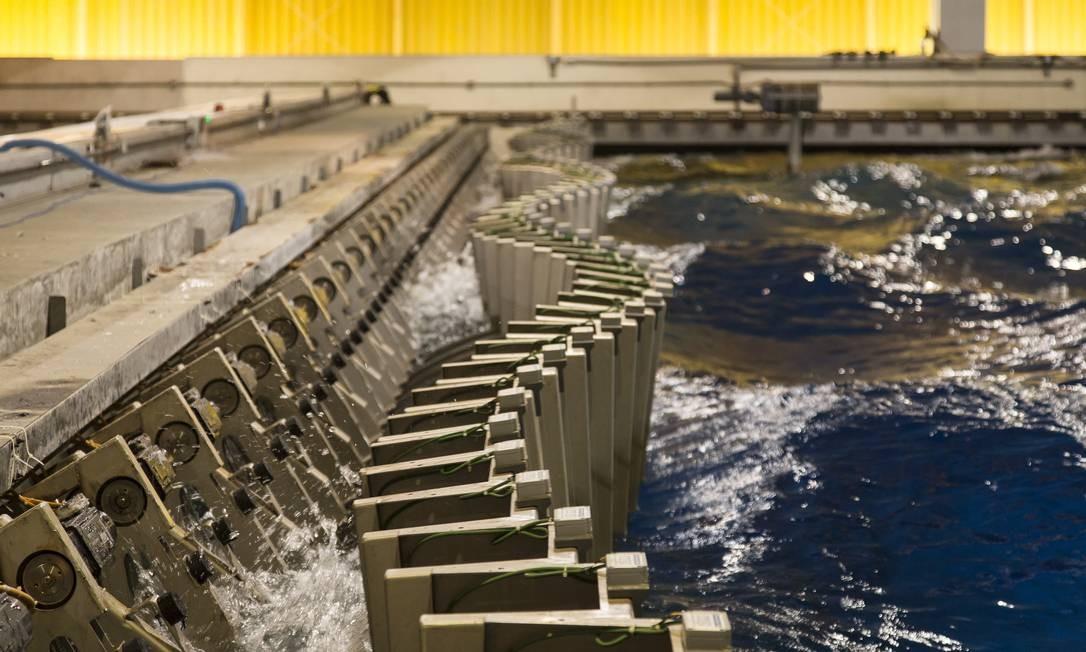 Detalhe do tanque de simulação do LabOceano, Laboratorio de Tecnologia Oceânica Foto: Leo Martins / O Globo