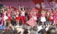 Carnaval 2013: apresentação do Bloco Mulheres de Chico na Praia do Leme
