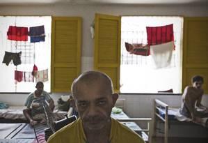 Presos no Hospital Psiquiátrico Vater Alencar, em Teresina Foto: Agência O Globo / André Coelho